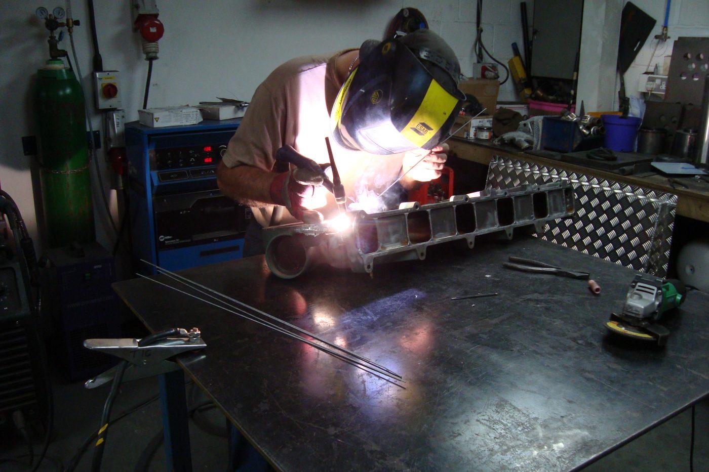 Alloy cylinder head repair   CE Design